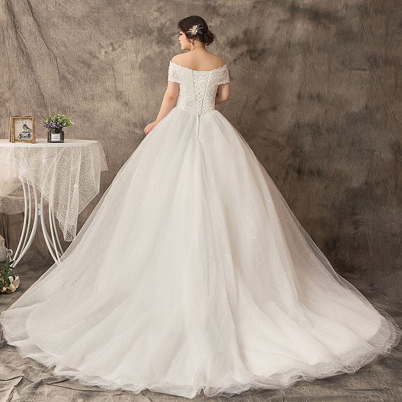 Modern / Fashion White Plus Size Wedding Dresses 2019 Lace Tulle Appliques Backless Beading Rhinestone Chapel Train Wedding