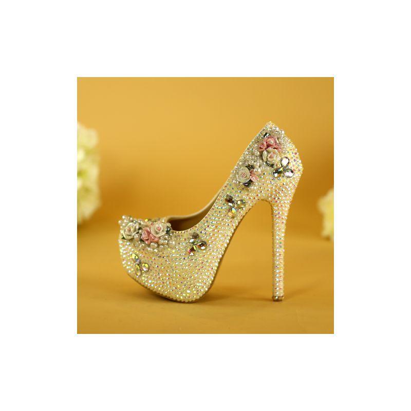 3de540003f9 Charming White Crystal Wedding Shoes 2019 Pearl Rhinestone 14 cm ...
