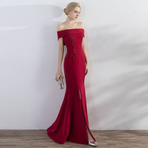 Chic / Beautiful Red Evening Dresses  2017 Trumpet / Mermaid Appliques Crossed Straps Split Front Off-The-Shoulder Sleeveless Floor-Length / Long Evening Party