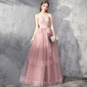 Schöne Pearl Rosa Abendkleider 2019 A Linie Spaghettiträger Ärmellos Perlenstickerei Schleife Lange Rüschen Rückenfreies Festliche Kleider