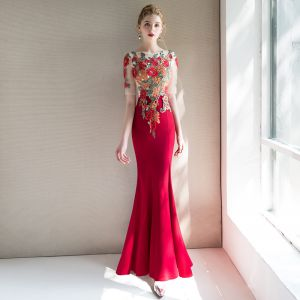 Chinese style Red See-through Evening Dresses  2019 Trumpet / Mermaid Scoop Neck Short Sleeve Embroidered Flower Floor-Length / Long Ruffle Formal Dresses
