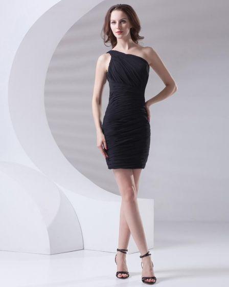 Fascinantes Longitud Muslo Inclinado Mujeres De La Gasa Plisada Poco Vestido De Fiesta Negro