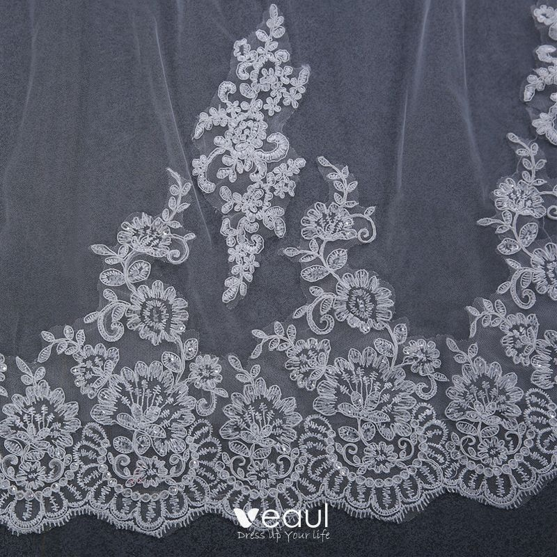 Chic / Beautiful White Wedding Veils 2017 Lace Tulle Appliques Embroidered Wedding