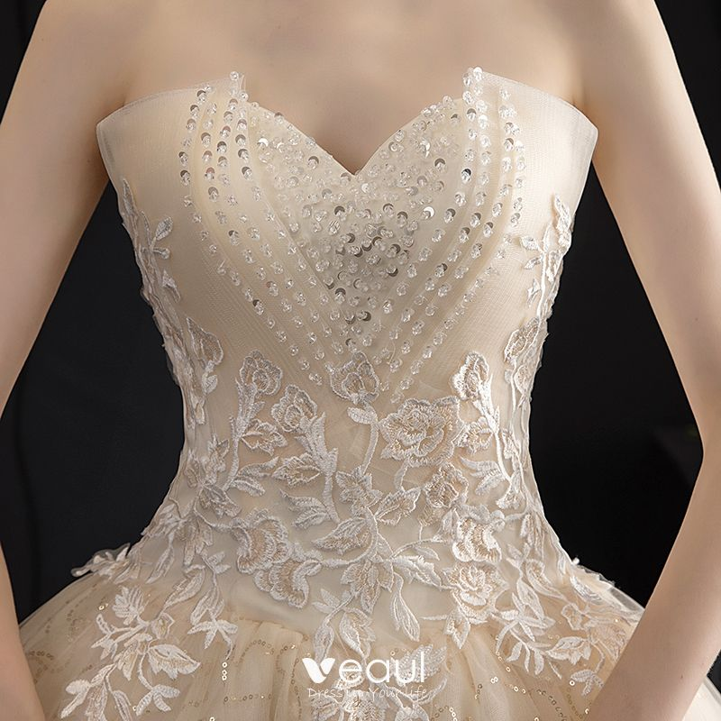 Affordable Champagne Outdoor / Garden Wedding Dresses 2019 A-Line / Princess Sweetheart Sleeveless Backless Appliques Lace Beading Glitter Tulle Floor-Length / Long Ruffle