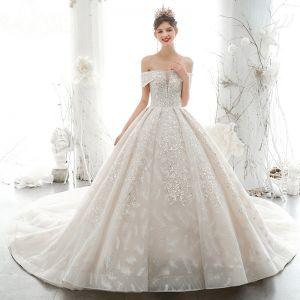 Luxury / Gorgeous Off-The-Shoulder Wedding Dresses 2020 Ball Gown Beading Lace Flower Appliques Glitter Sequins Sleeveless Backless Royal Train