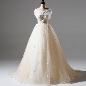Romantisk Prinsessa Champagne Tyll Bröllopsklänningar 2017 Appliqués Spets Blomma Halterneck Domstol Tåg Ärmlös