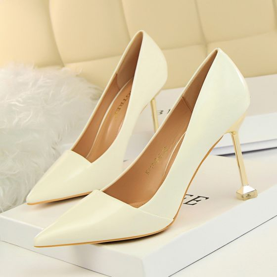 Chic / Beautiful OL Ivory Pumps 2020 Patent Leather 9 cm Stiletto Heels Pointed Toe Pumps