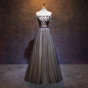 Élégant Noire Robe De Bal Princesse De l'épaule Perlage Cristal Appliques Manches Courtes Dos Nu Noeud Longue Robe De Ceremonie
