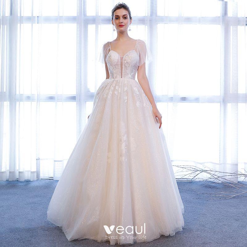 6b4081f5fd94 Snygga / Fina Vit Bröllopsklänningar 2018 Prinsessa Glittriga / Glitter  Tyll Kristall Spaghettiband Ärmlös Långa Bröllop
