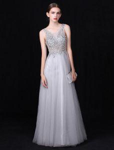 Reizvolles Langes V-ansatz Abendkleid Graues Rückseitiges Festliche Kleid Wulstige Sequins