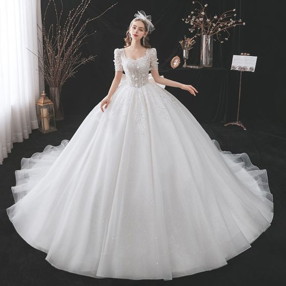 Classy White Wedding Dresses 2021 Ball Gown Square Neckline Beading Pearl Sequins Appliques Short Sleeve Backless Bow Royal Train Wedding
