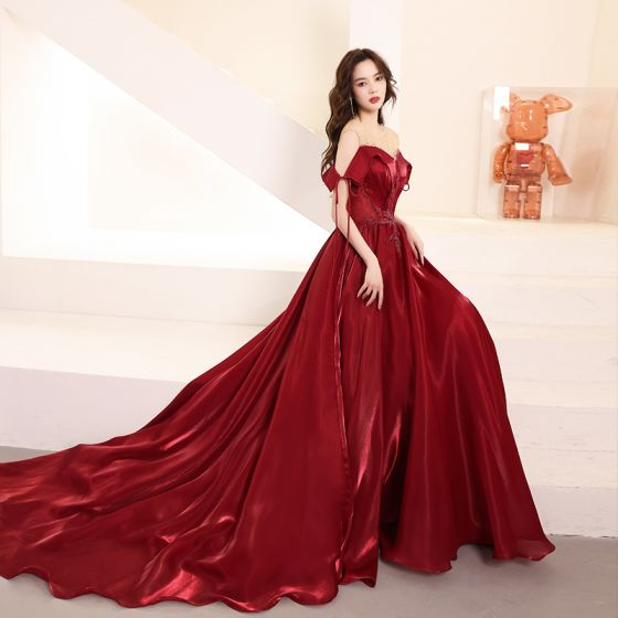 Charming Burgundy Beading Crystal Evening Dresses  2021 A-Line / Princess Scoop Neck Short Sleeve Backless Chapel Train Evening Party Formal Dresses