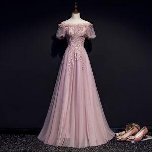 Viktoriansk Stil Rodnande Rosa Aftonklänningar 2019 Prinsessa Ruffle Av Axeln Beading Spets Blomma Korta ärm Halterneck Långa Formella Klänningar