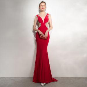 Seksowne Czerwone Sukienki Wieczorowe 2020 Syrena / Rozkloszowane Wycięciem Frezowanie Rhinestone Z Koronki Kwiat Bez Rękawów Bez Pleców Trenem Sweep Sukienki Wizytowe