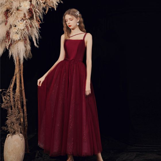 Modest / Simple Burgundy Homecoming Graduation Dresses 2021 A-Line / Princess Spaghetti Straps Sleeveless Backless Bow Floor-Length / Long Formal Dresses