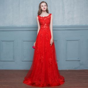 Chic / Beautiful Red Evening Dresses  2017 A-Line / Princess Appliques Lace Flower Beading Sequins Scoop Neck Crossed Straps Backless Sleeveless Sweep Train Evening Party