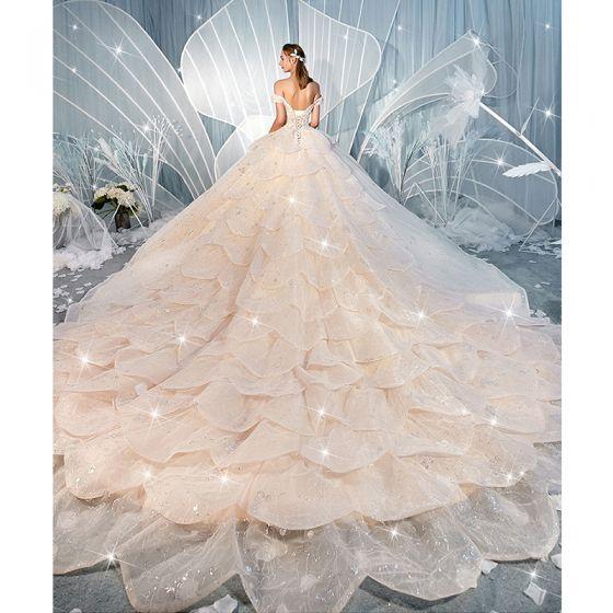 Luksusowe Szampan Suknie Ślubne 2019 Suknia Balowa Przy Ramieniu Kótkie Rękawy Bez Pleców Cekinami Cekiny Tiulowe Kaskadowe Falbany Trenem Katedra
