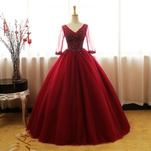 Chic / Beautiful Burgundy Prom Dresses 2017 Ball Gown V-Neck 3/4 Sleeve Beading Appliques Floor-Length / Long Ruffle Backless Formal Dresses