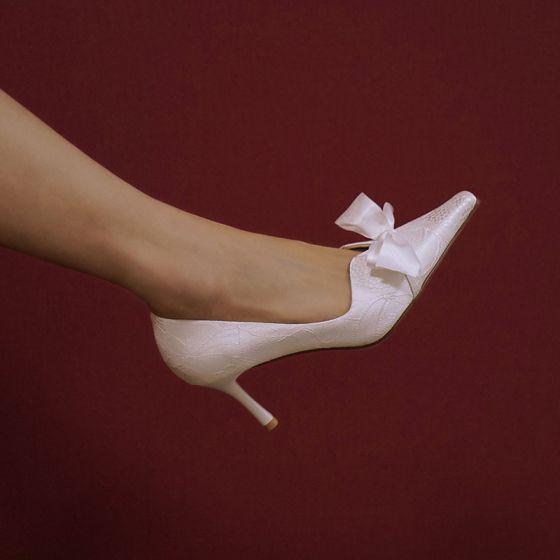 Elegantes Marfil Bowknot Zapatos de novia 2020 Cuero 7 cm Stilettos / Tacones De Aguja Punta Estrecha Boda Tacones