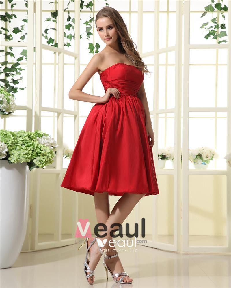 Elegant Taffeta Strapless Knee Length Bridesmaid Dresses
