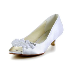 Beautiful Peep Toe Pierced Design With Rhinestone Kitten Heels Pumps Wedding Shoes