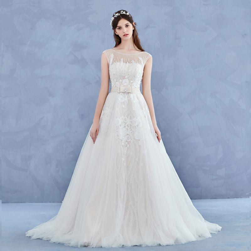 Elegant Handmade  Champagne Wedding Dresses 2017 A-Line / Princess Scoop Neck Sleeveless Appliques Flower Lace Backless Beading Rhinestone Court Train