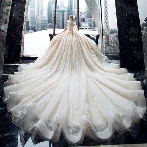 Luksusowe Szampan ślubna Suknie Ślubne 2020 Suknia Balowa Przezroczyste V-Szyja Bez Rękawów Bez Pleców Aplikacje Z Koronki Cekiny Frezowanie Cekinami Tiulowe Trenem Królewski Wzburzyć