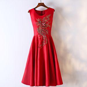 Schöne Rot Festliche Kleider Abendkleider 2017 Mit Spitze Blumen Pailletten Perle Strass Kurze Rundhalsausschnitt Ärmellos A Linie