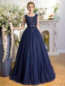 Erstaunliche Ballkleider 2017 Schaufelhals Applikationspitze Die Rhinestone marineblau kleid Mit Bogenknoten Bördelt