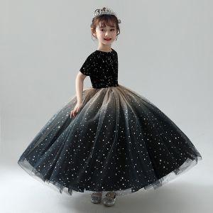 Chic / Belle Noire Robe Ceremonie Fille 2019 Robe Boule Encolure Dégagée Manches Courtes Étoile Brodé Glitter Tulle Longue Volants Robe Pour Mariage