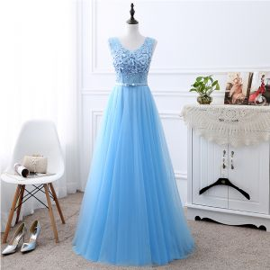 Chic / Beautiful Sky Blue See-through Evening Dresses  2018 A-Line / Princess U-Neck Sleeveless Appliques Lace Flower Pearl Bow Sash Floor-Length / Long Ruffle Backless Formal Dresses