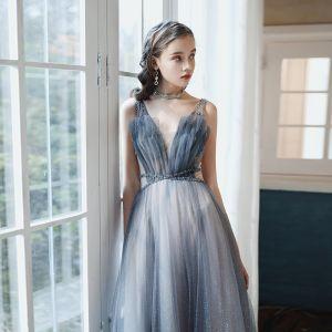 Wysokiej Klasy Granatowe Gradient-Kolorów Sukienki Na Bal 2020 Princessa Głęboki V-Szyja Bez Rękawów Frezowanie Cekinami Tiulowe Trenem Sweep Wzburzyć Bez Pleców Sukienki Wizytowe