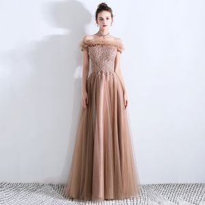 Chic / Beautiful Brown Prom Dresses 2019 A-Line / Princess Ruffle Off-The-Shoulder Beading Lace Flower Sequins Sleeveless Backless Floor-Length / Long Formal Dresses