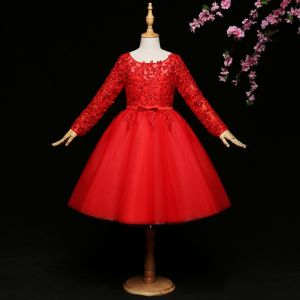 Chic / Belle Rouge Robe Ceremonie Fille 2017 Robe Boule En Dentelle Noeud Paillettes Encolure Dégagée Manches Longues Courte Robe Pour Mariage
