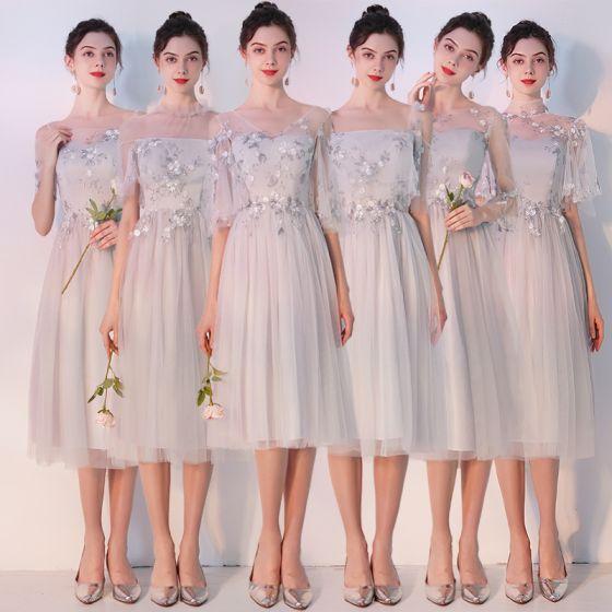 Élégant Gris Transparentes Robe Demoiselle D'honneur 2019 Princesse Appliques En Dentelle Thé Longueur Volants Dos Nu Robe Pour Mariage