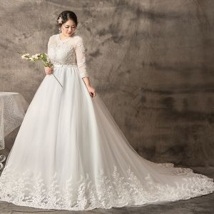 Amazing / Unique White Plus Size Ball Gown Wedding Dresses 2019 Tulle Lace U-Neck Appliques Backless Handmade  Chapel Train Wedding