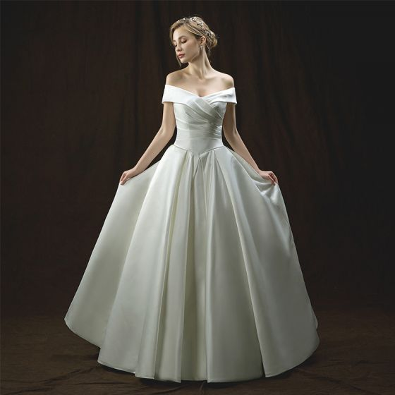 Chic / Beautiful Ivory Wedding Dresses 2018 A-Line / Princess Off-The-Shoulder Short Sleeve Backless Floor-Length / Long Ruffle
