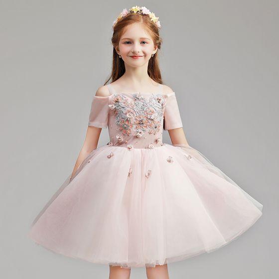 Hermoso Rosa Clara Cumpleaños Vestidos para niñas 2020 Ball Gown Fuera Del Hombro Manga Corta Sin Espalda Apliques Con Encaje Flor Rebordear Cortos Ruffle