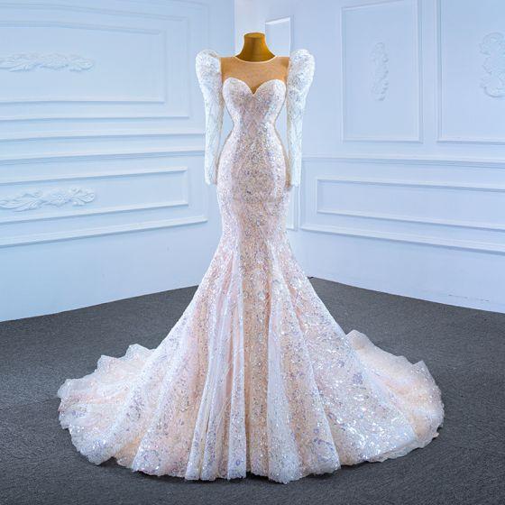 Luxus / Herrlich Champagner Hochzeits Brautkleider / Hochzeitskleider 2021 Meerjungfrau Durchsichtige Rundhalsausschnitt Geschwollenes Lange Ärmel Pailletten Hof-Schleppe Rüschen