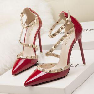 Charmant Rouge Soirée Sandales Femme 2020 Rivet Bride Cheville 10 cm Talons Aiguilles À Bout Pointu Sandales