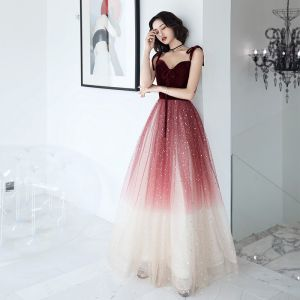 Charming Burgundy Gradient-Color Evening Dresses  2019 A-Line / Princess Spaghetti Straps Bow Sleeveless Backless Sequins Floor-Length / Long Formal Dresses