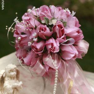 Les Bouquet De Mariée Tenant Des Fleurs Rose Fleurs De Mariage Bourgeon