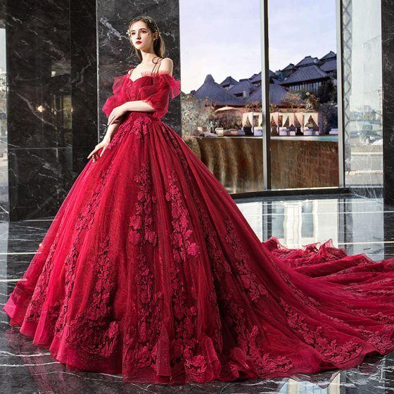 Elegancka Czerwone Wzburzyć Suknie Ślubne 2019 Suknia Balowa Spaghetti Pasy Z Koronki Kwiat Kótkie Rękawy Bez Pleców Trenem Katedra