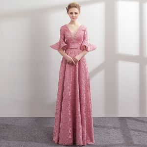 Modern / Fashion Candy Pink Lace Evening Dresses  2018 A-Line / Princess Pearl V-Neck 1/2 Sleeves Bow Sash Floor-Length / Long Ruffle Backless Formal Dresses