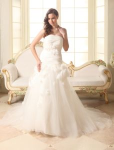 2015 Beautiful A-line Strapless With Handmade Flowers Wedding Dresses Bridal Gown