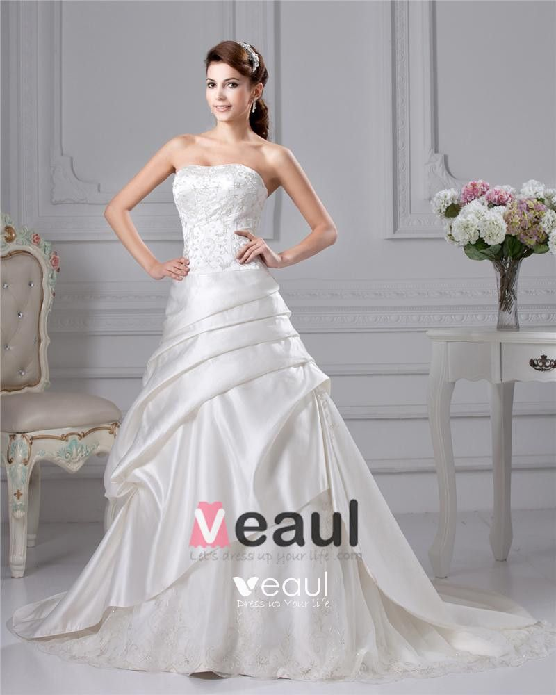 Taffeta Embroidery Ruffle Court A Line Bridal Gown Wedding Dresses