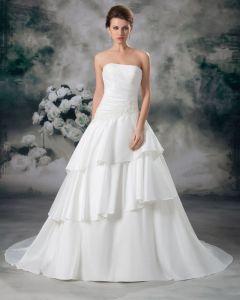 Sateng Applikere Gulv Lengde Stroppelos Ball Kjole Lagdelt Kvinner En Linje Brudekjoler Bryllupskjoler