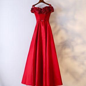 Schöne Rot Festliche Kleider Abendkleider 2017 Mit Spitze Blumen Schleife Perle Schultern Kurze Ärmel Lange A Linie Künstliche Blumen
