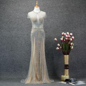 Luxury / Gorgeous Silver Evening Dresses  2019 Trumpet / Mermaid Scoop Neck Handmade  Beading Crystal Short Sleeve Sweep Train Formal Dresses
