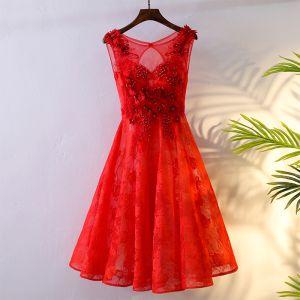 Schöne Rot Festliche Kleider Abendkleider 2017 Spitze Blumen Perle Ärmellos A Linie Kurze Rundhalsausschnitt